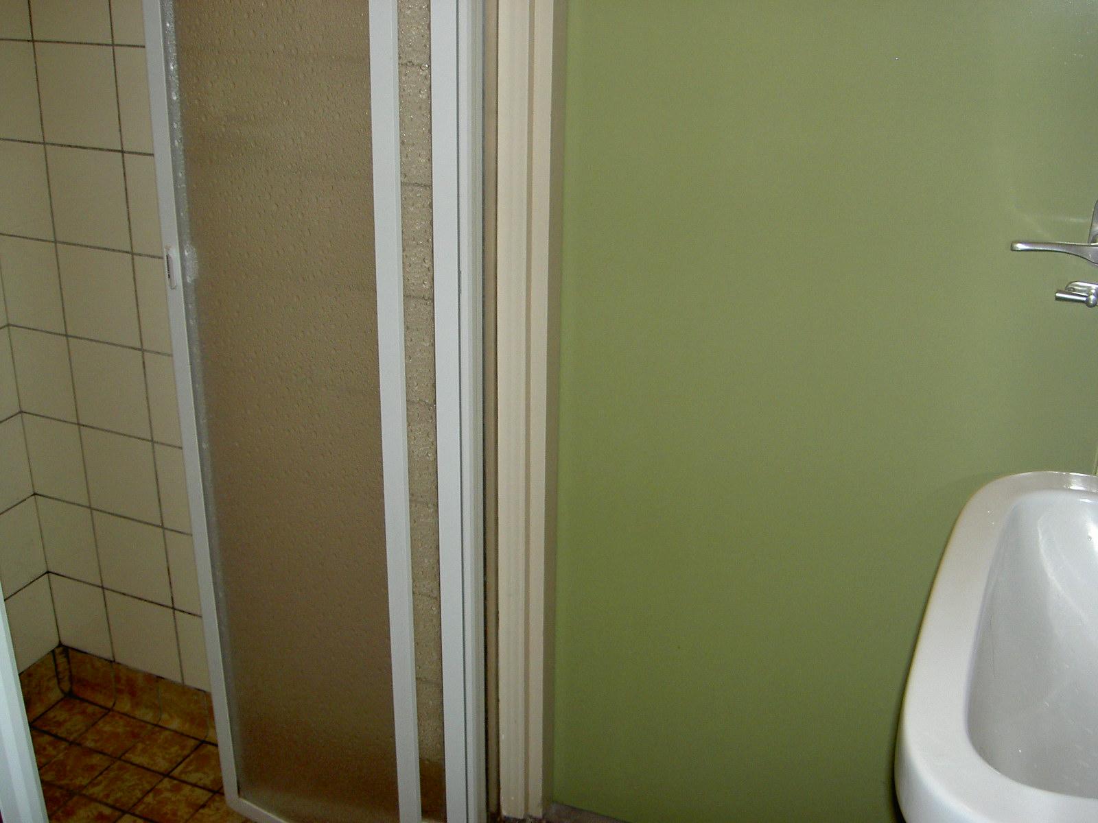 Badkamer in bodegraven for Tegels bodegraven